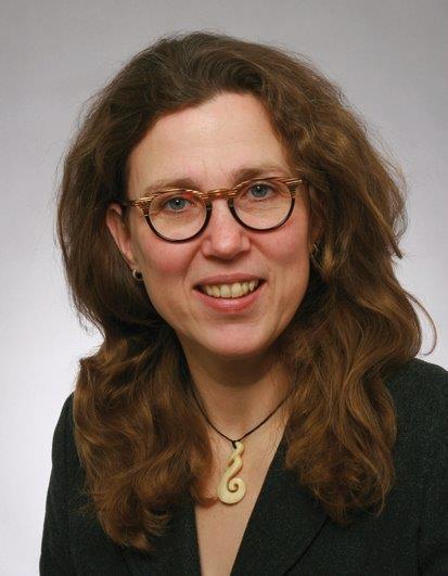SUSANNE BERNAUER 48 Jahre Fachlehrerin für musischtechnische Fächer
